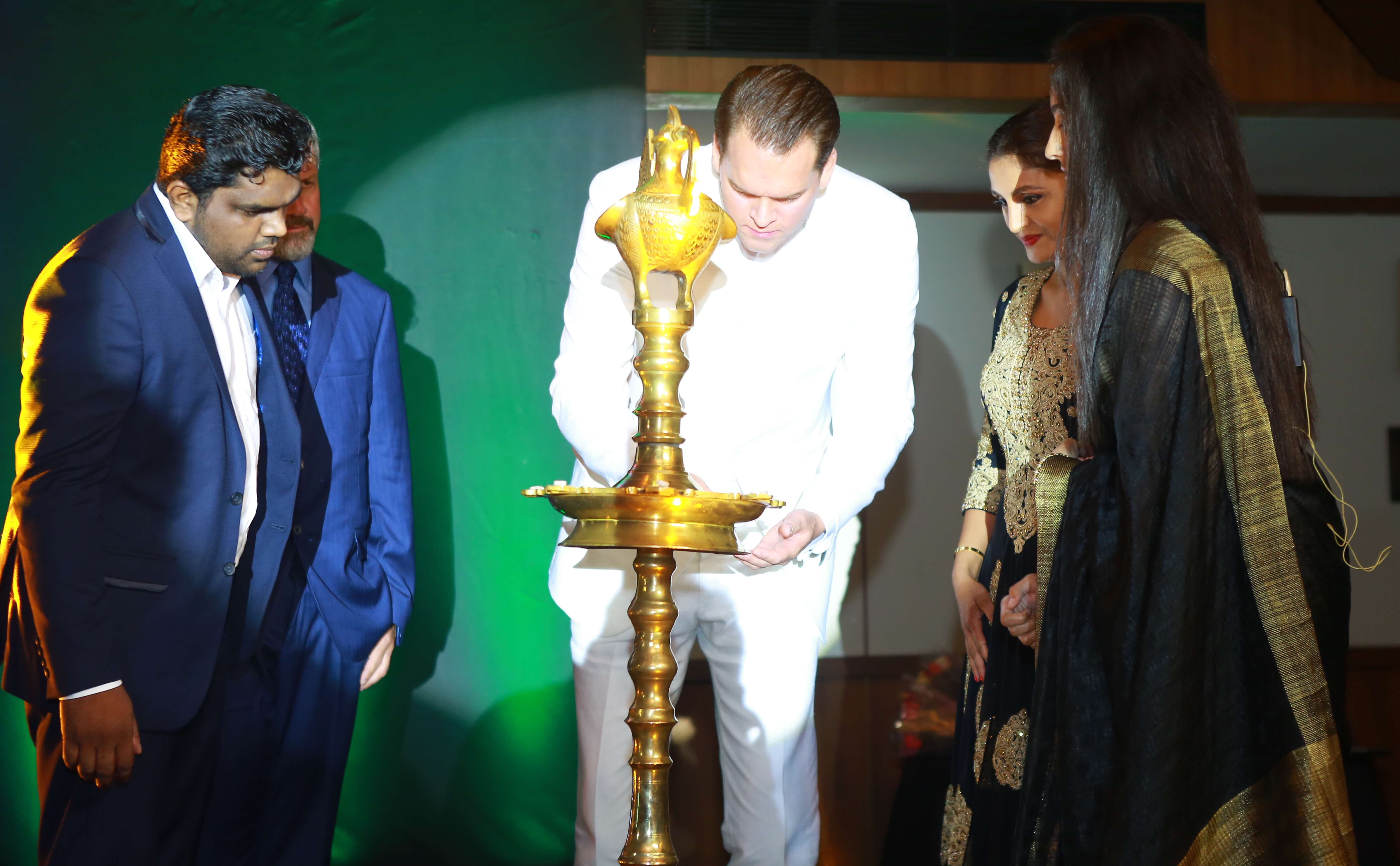 WB21 opens office in India